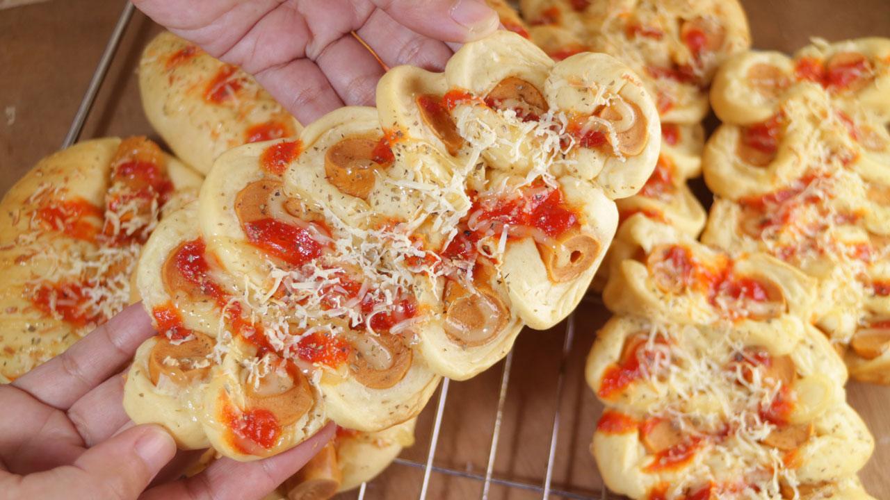 Roti Sosis Homemade Buatan Sendiri