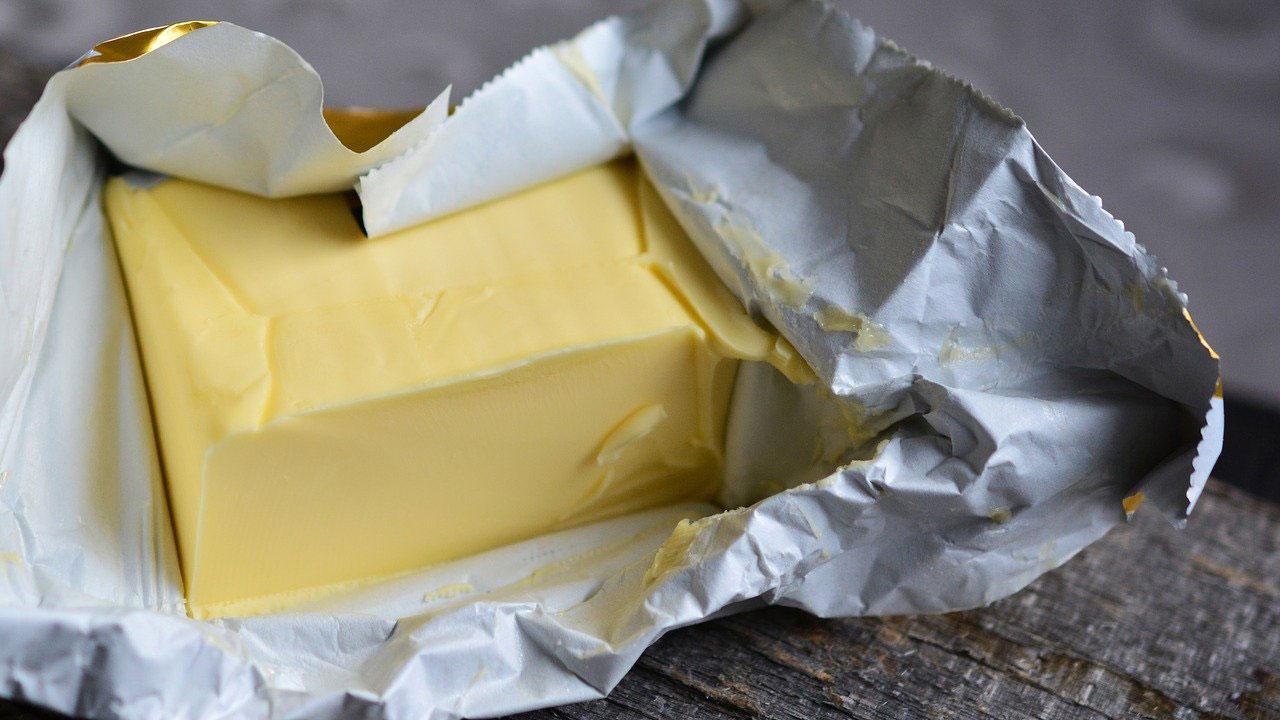Apa bedanya butter dan mentega
